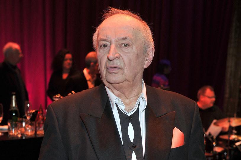 """""""Momentami czuję, że zejdę"""" - stwierdził Bohdan Łazuka, który w tym roku skończy 80 lat. Aktor trafił do szpitala ze złamanym biodrem. Konieczna będzie operacja."""