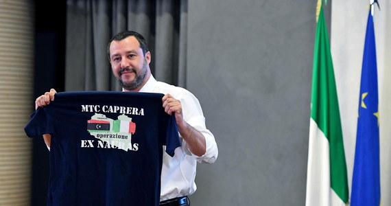 Szef MSW Włoch Matteo Salvini opowiedział się za utworzeniem centrów identyfikacji migrantów w Nigrze, Mali, Czadzie i Sudanie. Tę nową propozycję przedstawił w poniedziałek po tym, gdy władze Libii wykluczyły możliwość takich ośrodków na ich terytorium.