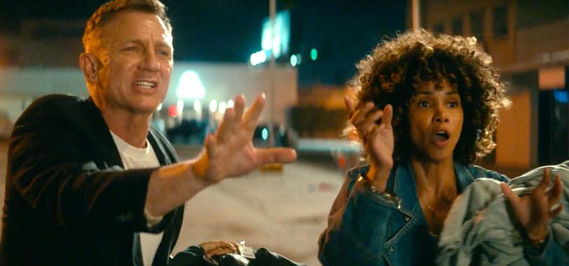 """51-letnia Halle Berry i o rok młodszy Daniel Craig to gwiazdy anglojęzycznego debiutu Deniza Gamze Ergüvena (""""Mustang""""). W filmie """"Kings"""" mieli do zagrania gorącą scenę erotyczną."""