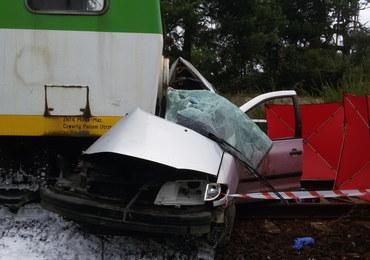 Tragedia w Zabieżkach. Małżeństwo zginęło w zderzeniu osobówki i pociągu