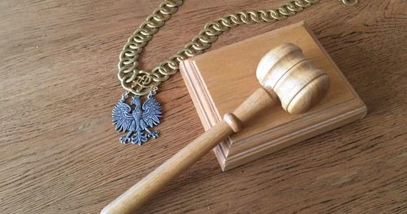 Już w przyszłym tygodniu Krajowa Rada Sądownictwa zaopiniuje oświadczenia sędziów Sądu Najwyższego, którzy zadeklarowali chęć dalszego orzekania - dowiedział się reporter RMF FM.  Sędziowie zajmą się tym punktem na trzydniowym posiedzeniu, które rozpocznie się 11 lipca.