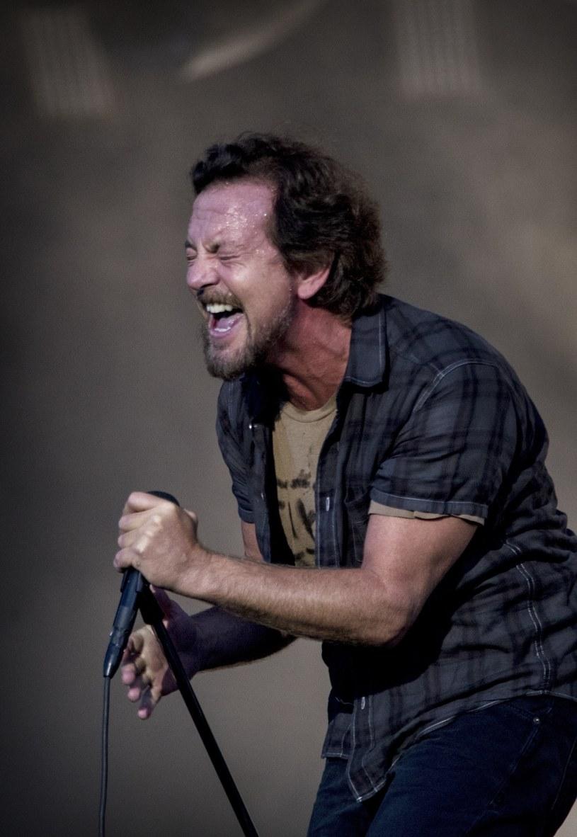 Na wtorkowym (3 lipca) koncercie w Tauron Arenie Kraków amerykańska grupa Pearl Jam po raz kolejny wsparła polskie protesty przeciwko zaostrzaniu prawa antyaborcyjnego.
