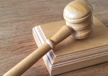 45-latek oskarżony o znęcanie się nad chorą córką