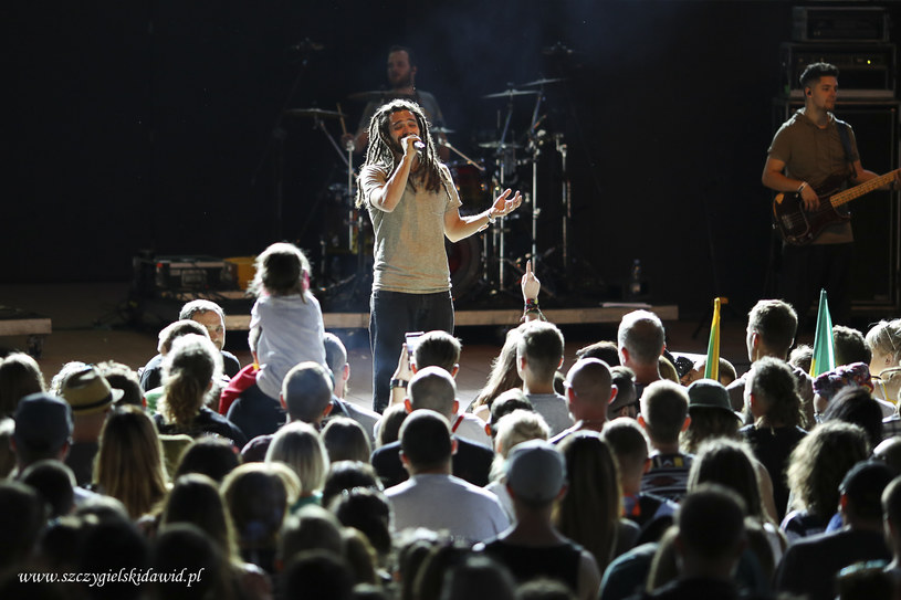 Mazurska stolica reggae powoli się rozkręca. Koncert w miejskim amfiteatrze był udany, nawet jeśli wybór gwiazdy wieczoru należy uznać za zaskakujący.