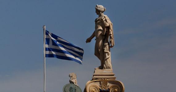 """Grecja wyrzuca dwóch rosyjskich dyplomatów, a kolejnym dwóm zakaże wjazdu do kraju. Jak informuje gazeta """"Kathimerini"""", zagrażają oni bezpieczeństwu kraju. Ujawniono, że dyplomaci próbowali przekupić greckich urzędników."""