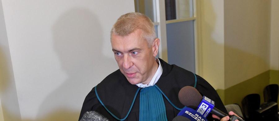 Sąd zdecydował, że Stanisław Gawłowski może opuścić areszt po wpłaceniu 500 tys. złotych - poinformował adwokat posła Roman Giertych. Gawłowski przebywa w szczecińskim areszcie śledczym od połowy kwietnia.