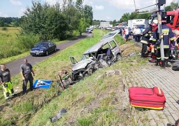 Tragiczny wypadek w Małopolsce. Karetka zderzyła się z samochodem, nie żyje jedna osoba
