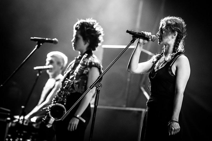 Pierwszego dnia festiwalu w Jarocinie jedną z gwiazd był rosyjski zespół Pussy Riot. Punk rockowe skandalistki wystąpiły w Polsce po raz pierwszy. Zobacz zdjęcia z ich show.