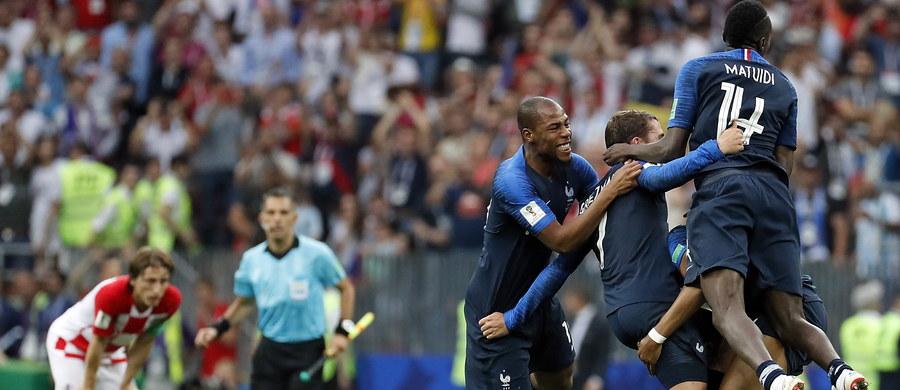 Osiem reprezentacji może się pochwalić tytułem mistrza świata. Wśród nich jest Francja, która w niedzielę w Moskwie została nim po raz drugi. Wcześniej udało jej się to w 1998 roku.