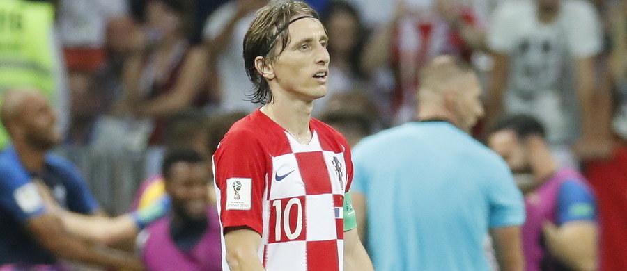 Chorwat Luka Modric został uhonorowany Złotą Piłką dla najlepszego piłkarza turnieju finałowego mistrzostw świata 2018 w Rosji. Jest pierwszym w historii reprezentantem tego kraju, który może pochwalić się tym wyróżnieniem.