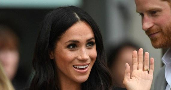 """Ojciec Meghan Markle stwierdził, że jego córka jest """"przerażona"""" próbą układania swojego życia jako księżna Sussex. Thomas Markle oskarżył rodzinę królewską o to, że wywiera zbyt duży nacisk na amerykańską aktorkę."""