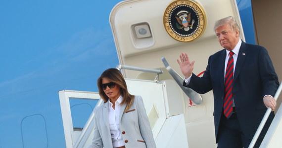 Prezydent Stanów Zjednoczonych Donald Trump przyleciał w niedzielę wieczorem do Helsinek. W poniedziałek odbędzie się jego spotkanie z przywódcą Rosji Władimirem Putinem. Będzie to pierwszy szczyt amerykańsko-rosyjski od objęcia prezydentury przez Trumpa w styczniu 2017 roku.