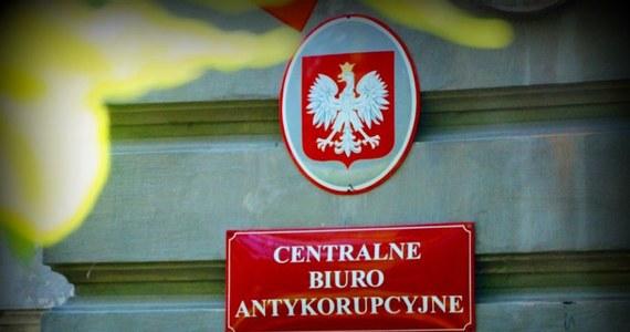 Nawet 30 milionów złotych mogli wyłudzić od Skarbu Państwa właściciele gospodarstwa rolnego w województwie lubuskim. Zawiadomienie w tej sprawie do prokuratury złożyło Centralne Biuro Antykorupcyjne.