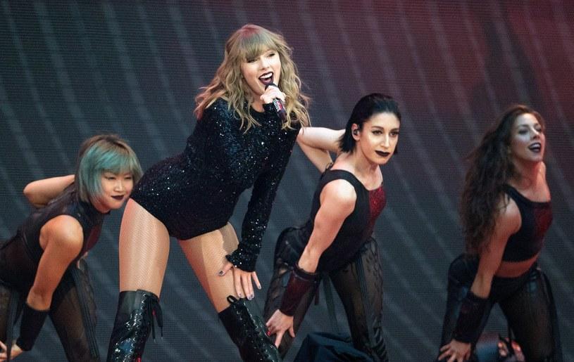 Podczas spotkania Taylor Swift z fanami doszło do zaskakującej sytuacji. Gwiazda była świadkiem zaręczyn.