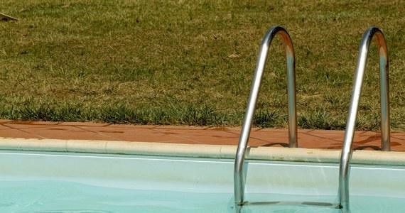 Trzyletni chłopiec wpadł do ogrodowego basenu. Przeżył dzięki reanimacji dokonanej na miejscu przez swojego wujka - informuje Patrycja Kaszuba, oficer prasowy Komendy Powiatowej Policji w Brzegu.
