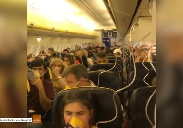 Spadło ciśnienie, wypadły maski. Na pokładzie samolotu panował spokój