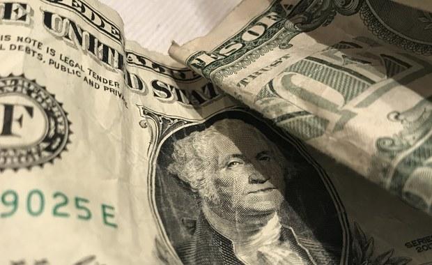 Amerykańskie ministerstwo obrony zapowiedziało w piątek wydzielenie dodatkowej pomocy finansowej w wys. 200 mln dolarów USA dla Ukrainy na cele bezpieczeństwa. Od 2014 stawiająca czoła rosyjskiej agresji Ukraina otrzymała pomoc wojskową o wartości 1 mld USD.