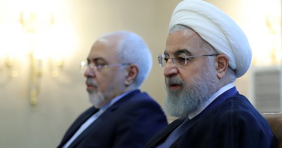 """Prezydent Iranu Hasan Rowhani oświadczył, że Stany Zjednoczone """"powinny wiedzieć, ze wojna z Iranem to matka wszystkich wojen"""". Ostrzegł przywódcę USA Donalda Trumpa przed """"igraniem z ogniem""""."""
