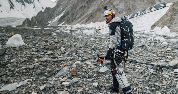 """""""Trudna rzecz, duży projekt"""" - tak historyczny sukces Andrzeja Bargiela, który zjechał na nartach z K2 jako pierwszy człowiek na świecie, opisuje brat skialpinisty Grzegorz Bargiel. """"Byłem w miarę spokojny, jeżeli chodzi o zdobywanie szczytu. Wiedziałem też, że Jędrek jest dobrze przygotowany, że jest dobrze zaaklimatyzowany, idą też jacyś inni ludzie, natomiast najbardziej byłem niespokojny o temat zjazdu, bo robił to jako jedyny na świecie. To była jedna wielka niewiadoma"""" - opowiada w rozmowie z RMF FM."""