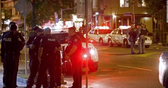 Kanadyjska policja poinformowała, że bilans niedzielnej strzelaniny w Toronto wzrósł do dwóch ofiar śmiertelnych. Rannych zostałoo 12 osób. Wcześniej informowano o jednej osobie zabitej. Na razie nie wiadomo, jakie były przyczyny zajścia.
