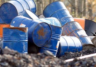 Nielegalne składowisko odpadów chemicznych w Zawierciu. Sprawą zajmie się prokuratura