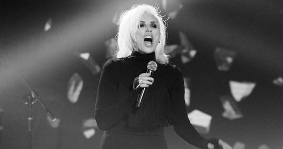 Nie żyje Olga Sipowicz, znana również jako Kora (primo voto Jackowska), legendarna wokalistka rockowa zespołu Maanam. Piosenkarka od 2013 roku walczyła z nowotworem. Miała 67 lat.