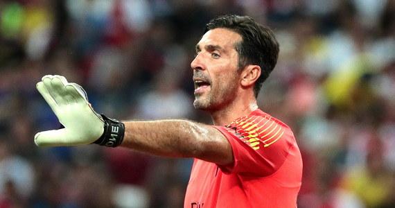 """Gianluigi Buffon, który latem opuścił Juventus Turyn i podpisał roczny kontrakt z Paris Saint-Germain podkreślił, że zamierza walczyć o grę w podstawowym składzie. """"Nie dostanę miejsca w bramce za zasługi"""" - powiedział 40-letni piłkarz."""
