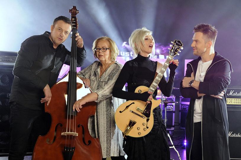 """Przez 11 edycji """"Must Be The Music"""" Adam Sztaba zasiadał w jury z Korą. Śmierć wokalistki mocno poruszyła kompozytora."""