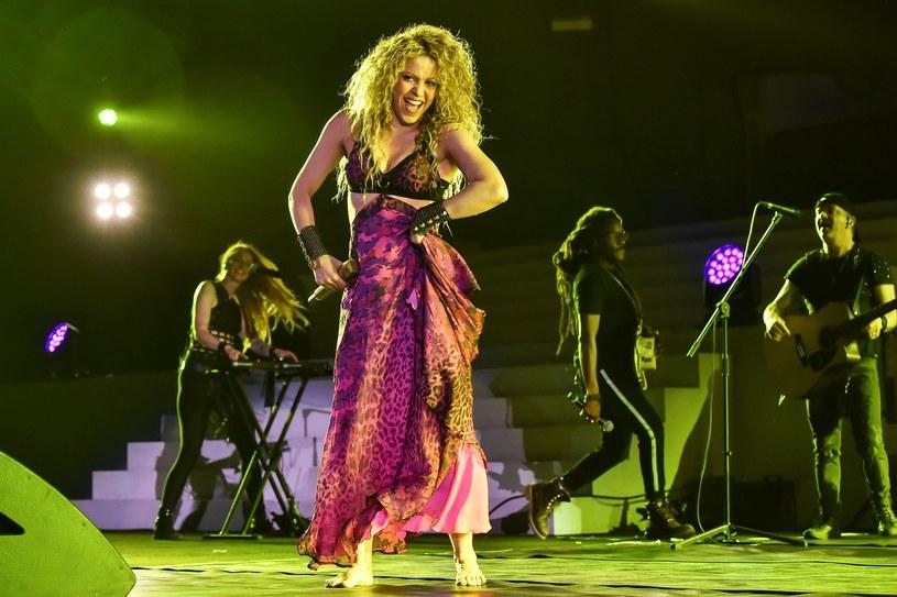 """Po przebojach """"Chantaje"""" i """"Trap"""" kolejny wspólny utwór zaprezentowali Shakira i Maluma. Teledysk do piosenki """"Clandestino"""" w dwa dni od premiery zanotował ponad 11 mln odsłon."""