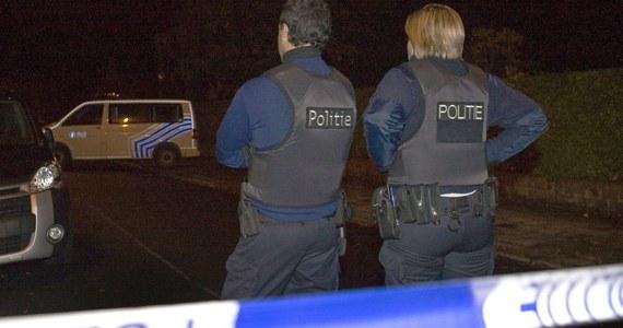 Kierowca furgonetki, w której od policyjnej kuli w maju zginęła w Belgii dwuletnia kurdyjska dziewczynka, został zatrzymany w Wielkiej Brytanii. Po tragedii, do której doszło podczas policyjnego pościgu za samochodem z migrantami, nie było wiadomo, kto prowadził auto.