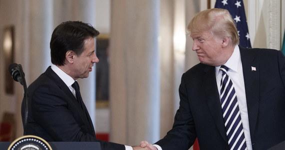"""Prezydent USA Donald Trump powitał w poniedziałek w Białym Domu nowego premiera Włoch Giuseppe Contego, którego nazwał """"swoim nowym przyjacielem w Europie."""" Amerykański przywódca zapowiedział """"nawiązanie strategicznego partnerstwa z Włochami""""."""