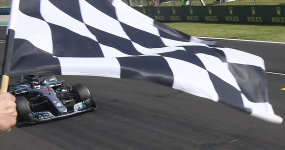 Robert Kubica pokonał 38 okrążeń podczas porannych testów Formuły 1 na węgierskim torze Hungaroring i uzyskał drugi czas sesji - 1.18,451. Polski kierowca testowy Williamsa stracił do Fina Kimiego Raikkonena z Ferrari 2,28 s.
