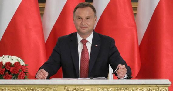 Międzynarodowy szczyt klimatyczny ONZ w Katowicach będzie dwa razy droższy. Prezydent Andrzej Duda podpisał wczoraj nowelizację specustawy dotyczącej organizacji tego zaplanowanego na grudzień spotkania. Zakłada ona zwiększenie przewidywanych kosztów tej imprezy z 127 do 252 milionów złotych.