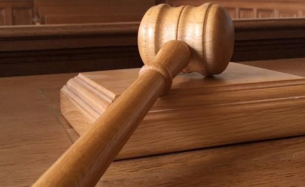 26-letni Daniel P. został skazany na dożywocie za zamordowanie pod Warszawą dwóch bułgarskich prostytutek. W czwartek przed Sądem Apelacyjnym w Warszawie on i jego obrona domagali się uniewinnienia lub ponownego procesu.