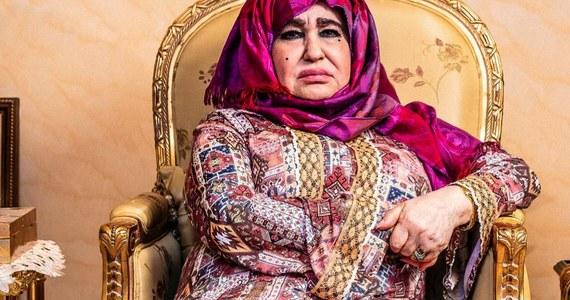 """Matka Osamy bin Laden przerywa milczenie. Blisko 17 lat po zamachu na WTC w Nowym Jorku, gdzie zginęło prawie 3000 osób, a kolejne 6000 zostało rannych, Alia Ghanem nie wini za to ukochanego syna. W wywiadzie dla brytyjskiego """"The Guardian"""" mówi, że syn był dobrym dzieckiem, mózg wyprano mu na uniwersytecie w Jeddah w Arabii Saudyjskiej."""