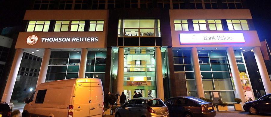 Prokuratura w Gdyni wszczęła śledztwo w sprawie nieuprawnionej próby odebrania broni obywatelowi Białorusi, który jesienią zeszłego roku został zatrzymany po strzałach w biurowcu Thomson-Reuters. Mężczyzna usłyszał wtedy zarzut usiłowania zabójstwa, ale nie trafił do aresztu. Sąd odrzucił wniosek prokuratury, bo ta nie przedstawiła dowodów na to, że Stsiapan Svidzerski chciał kogokolwiek zabić.