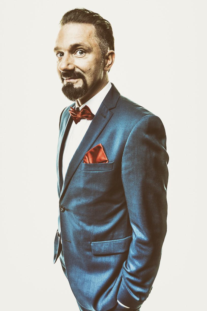 """Nowy program TV4 """"Gwiazdy Kabaretu"""" będzie można oglądać od 1 września w piątki i soboty o godz. 20."""