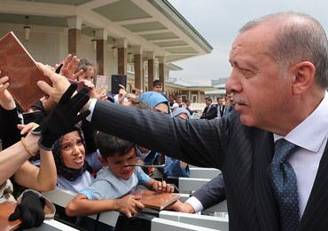 Erdogan domaga się zamrożenia aktywów dwóch ministrów USA