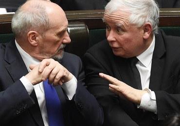 Kaczyński: Nie mogę w tej chwili mówić, dlaczego Macierewicz nie jest już szefem MON