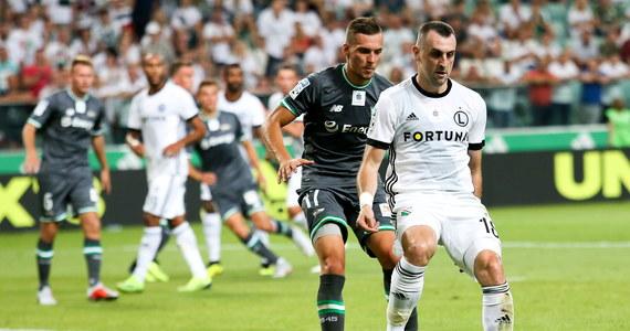 Legia Warszawa po kolejnym słabym występie w tym sezonie bezbramkowo zremisowała z Lechią Gdańsk w meczu 3. kolejki piłkarskiej ekstraklasy.