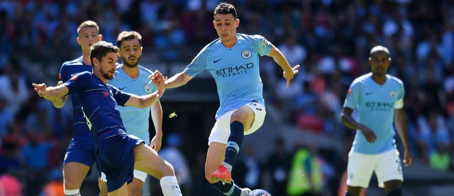 Mistrzowie Anglii, piłkarze Manchesteru City wywalczyli Tarczę Wspólnoty. W niedzielę na Wembley wygrali ze zdobywcą krajowego pucharu Chelsea Londyn 2:0. Obie bramki zdobył Argentyńczyk Sergio Aguero.