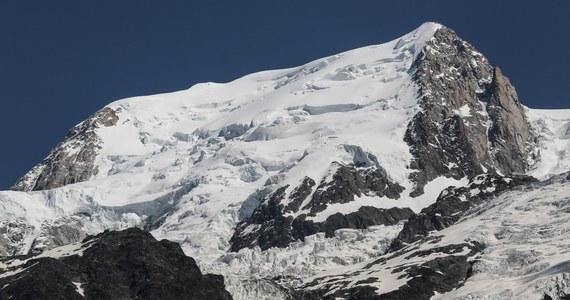 Reporterzy RMF FM ujawniają bulwersujące szczegóły czerwcowej wyprawy na Mont Blanc, podczas której zginęła czterdziestoletnia Polka. Nasi dziennikarze pokazują luki w prawie, które pozwalają działać w branży turystycznej osobom niemającym odpowiednich uprawnień. Ich bezkarność może prowadzić do kolejnych tragedii.