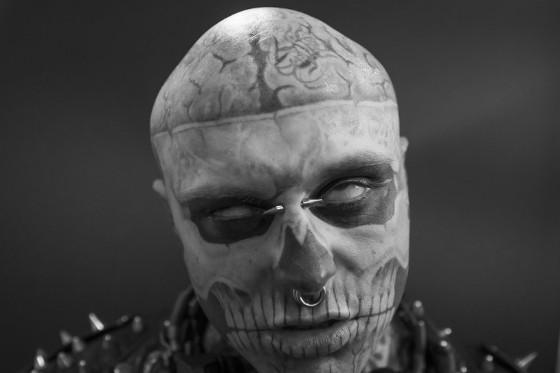 """Znany z teledysków Lady Gagi (""""Born This Way"""") i Honoraty Skarbek (""""Sabotaż"""") model Zombie Boy zmarł na krótko przed swoimi 33. urodzinami. Jego bliscy twierdzą, że nie było to samobójstwo."""