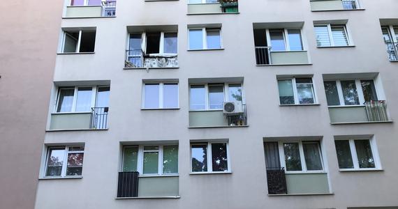 Są zarzuty dla mężczyzny, w którego mieszkaniu przy ulicy Okopowej na warszawskiej Woli doszło w piątek do wybuchu. 53-latek został już aresztowany przed sąd.