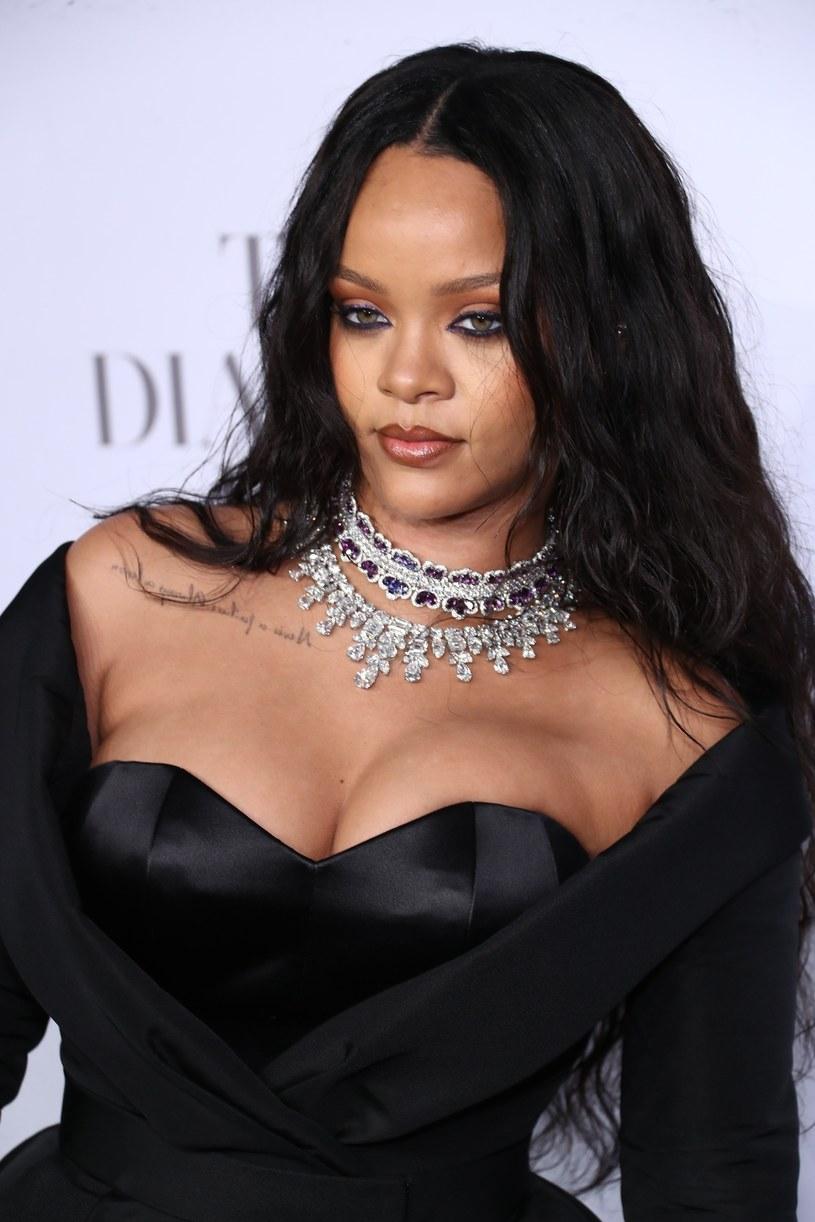 """Barbadoska wokalistka w rozmowie z brytyjskim """"Vogue"""" przyznała, że wkrótce wdroży w życie nowy harmonogram ćwiczeń. Z drugiej strony obawia się, że wytężony wysiłek fizyczny doprowadzi do utraty jej ponętnych kształtów."""