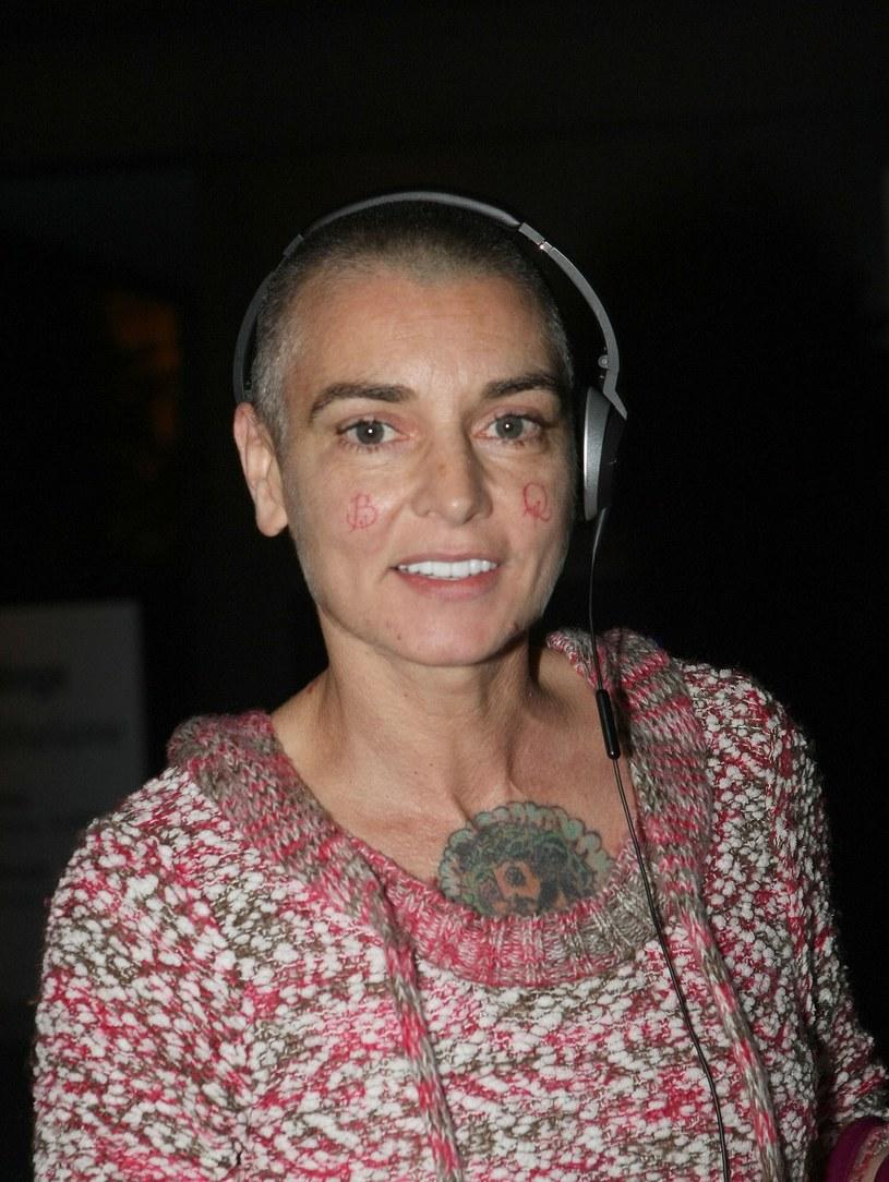 """Sinead O'Connor zaprezentowała pierwszą piosenkę jako Magda Davitt. Utwór """"Milestones"""", opowiadający o walce z problemami psychicznymi Irlandki, zapowiada jej nowy album."""