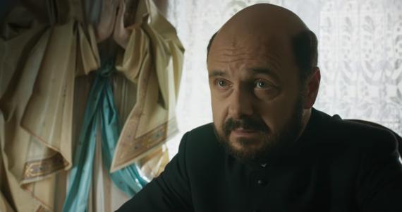 """Do sieci trafił pierwszy zwiastun filmu """"Kler"""" w reżyserii Wojciecha Smarzowskiego. Obraz wejdzie do kin 28 września."""