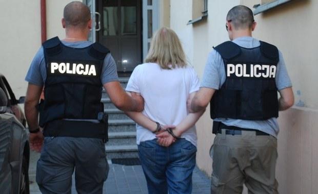Sąd Rejonowy w Rzeszowie zdecydował o trzymiesięcznym areszcie dla 63-latki podejrzanej o handel dopalaczami i przyczynienie się tym do śmierci 18-latka. Taką informację przekazała szefowa Prokuratury Rejonowej dla miasta Rzeszów prok. Renata Krut.