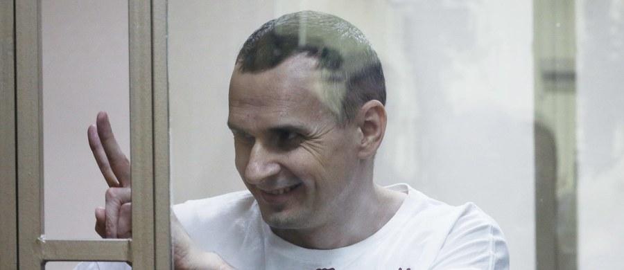 Pogorszył się stan zdrowia głodującego w więzieniu w Rosji ukraińskiego reżysera Ołeha Sencowa. Taką informację podał jego rosyjski adwokat Dmitrij Dinze w rozmowie z ukraińską stacją telewizyjną Hromadske.