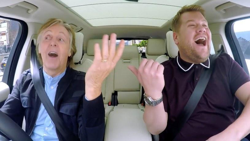 """Prawie 30 mln odsłon ma opublikowany pod koniec czerwca odcinek """"Carpool Karaoke"""" z Paulem McCartneyem. Ze względu na ogromne zainteresowanie, pod koniec sierpnia w amerykańskiej telewizji zostanie wyemitowana wydłużona, godzinna wersja programu."""